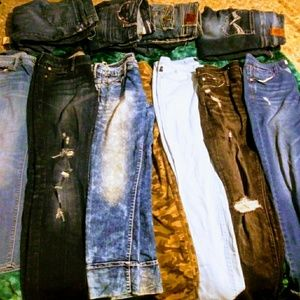 Lot of 10 pairs of jeans